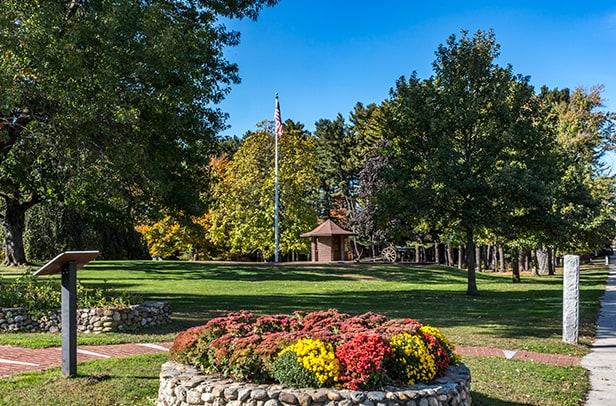 Enjoy the picturesque outdoors in this new Nashua, NH condominium complex